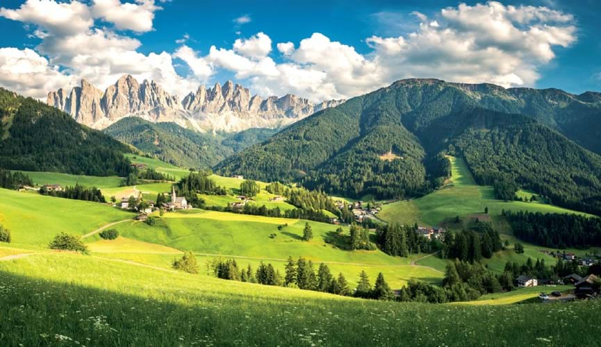 Module - OBERAMMERGAU PASSION PLAY & INNSBRUCK & THE ITALIAN DOLOMITES TOUR | 8 DAYS FROM £2,449 PER PERSON.