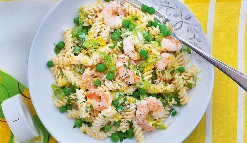 Lemon and prawn pasta