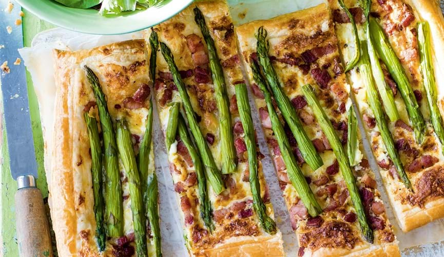 Asparagus, Cheddar and bacon tart