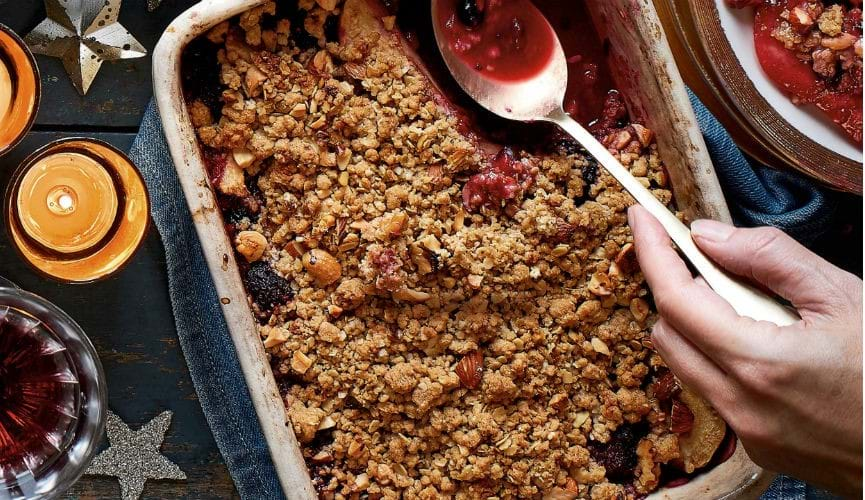 Crumble with blackberry and sloe gin ice cream