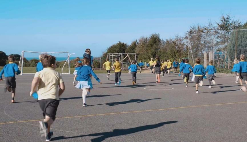 Helping Guernsey's children Be Active with a daily mile